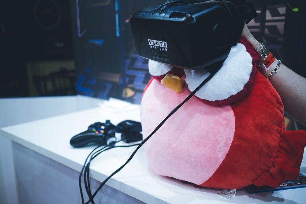 Owlie testar VR-casino för första gången