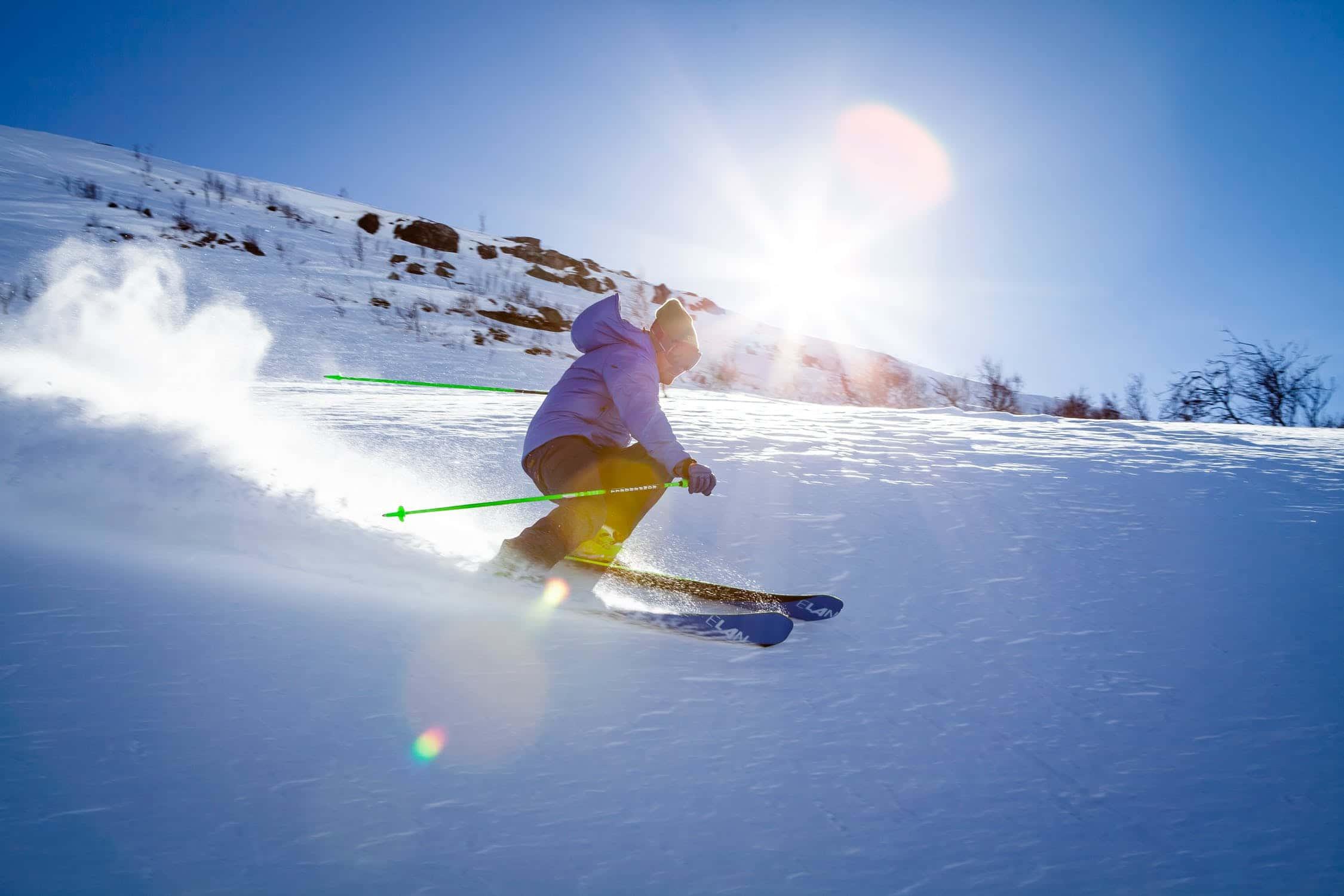 Fira VM med en skidresa värd 25 000 kr